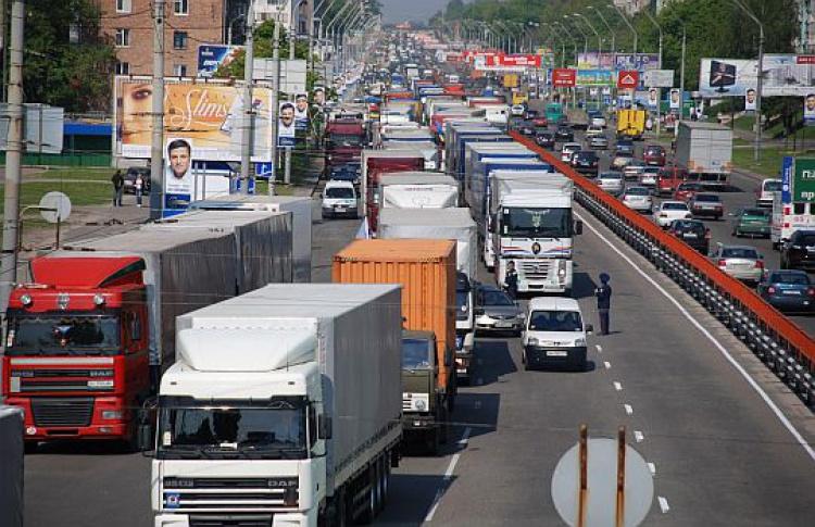 С15января грузовикам запретят днем въезжать вМоскву