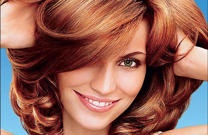 Какой шампунь поможет восстановить волосы