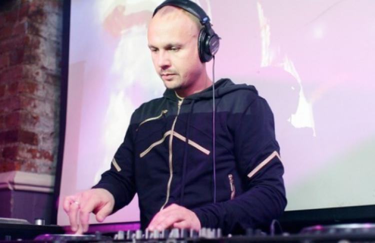 Четверги Санчеса: DJs Санчес, Леня Белл, Громов, VJ De Mantra