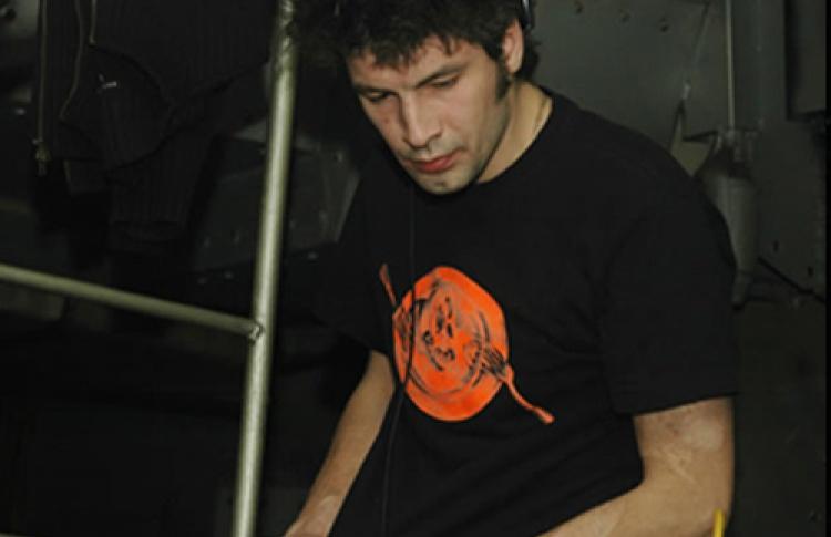 Ёлкаритмы (новогодние алкоритмы) Retro To Futuro. DJs Re-Disco, ЭлектроDrug, Compass-Vrubel (Москва), Леха Папа