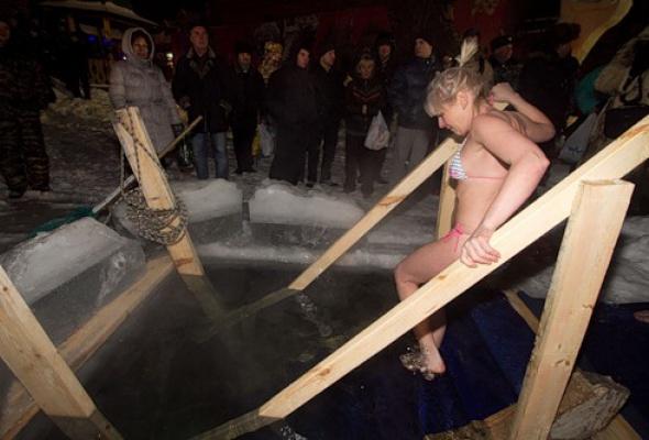 Как вМоскве купались наКрещение - Фото №0