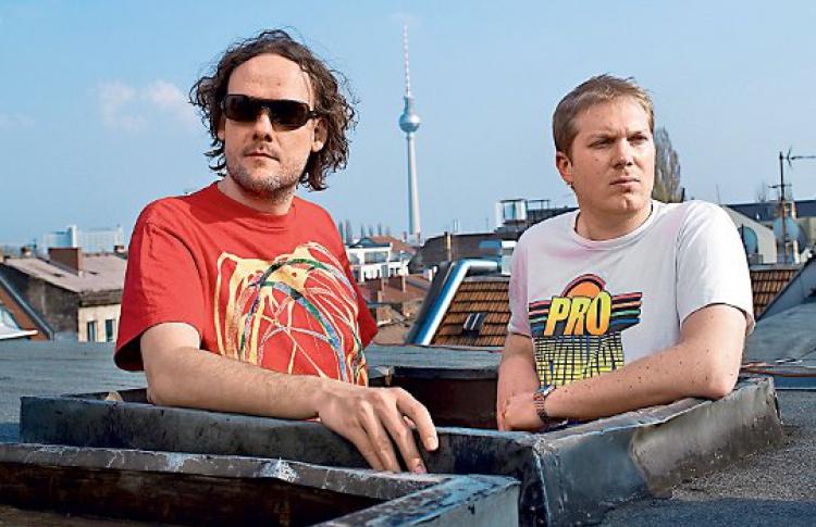 LOG: DJs Jonas Kopp, Clement Meyer, Omar Saldago