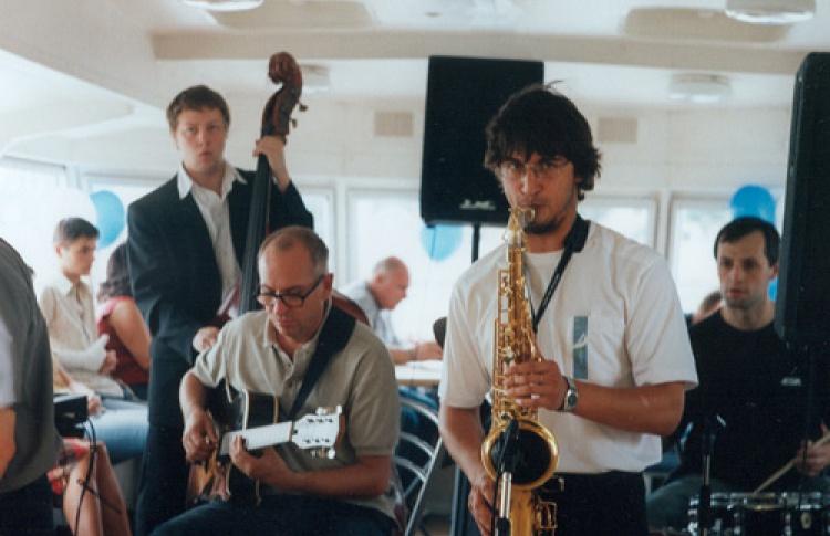 Джаз-филармоник биг-бэнд Кирилла Бубякина-Сергея Богданова (саксофоны)