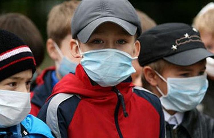 Спонедельника все московские школы закрылись
