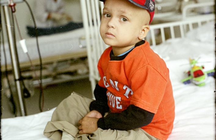 Сбор пожертвований иподарков впользу детей, больных раком