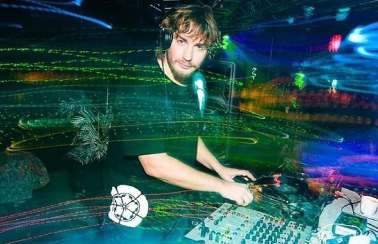 Cargo DJ Night: DJs Зорькин, A.T.Baht