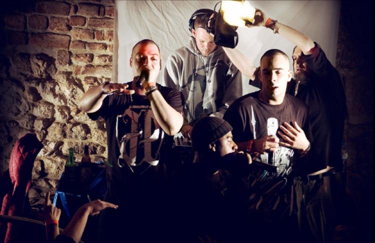 Bass My Ass: DJs Virus Syndicate (Великобритания), Oceania, Renton, Virus, Ibenji, Who Iz Selektah?!