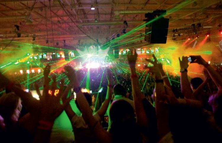 Olmeca Gold Fever: DJs Eric Prydz, Markus Schulz, Gareth Emery, John Digweed, Timo Maas, Sneaky Sound System, Marien Novi, Nick Warren, Mar-T, Brian Cross feat. Soraya, EDX, Denis A
