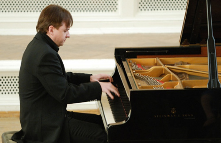 Владимир Мищук (фортепиано)