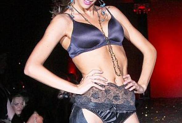 Victoria'sSecret неоставила для москвичей секретов - Фото №6