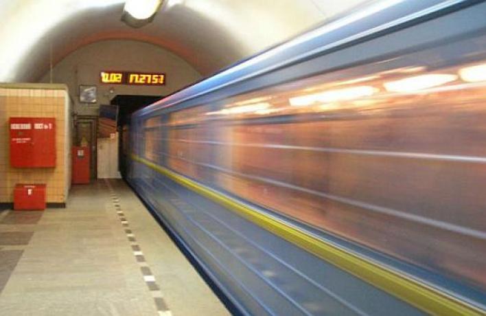 Поезда по«красной» линии метро будут ходить чаще