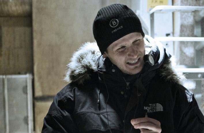 Деннис Ганзель: «Будь явампиром — невылезал бысвечеринок»