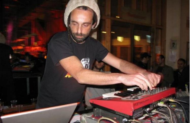 DJ Альден Тайрел