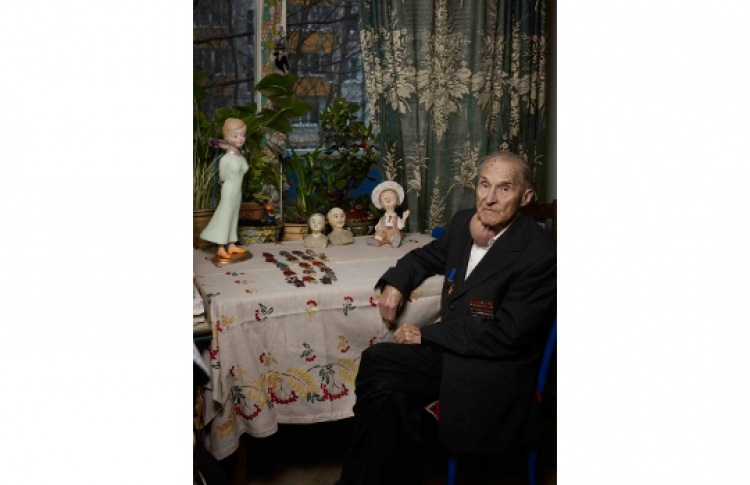 """И. С. Делицин Выставка художественных кукол """"Жить! И верить в будущее!"""""""