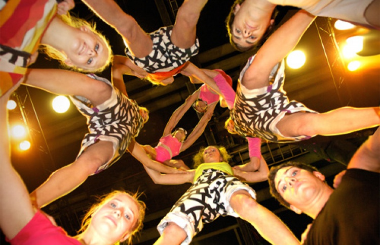"""Фестиваль """"Летающие дети"""": Circus Helsinki"""