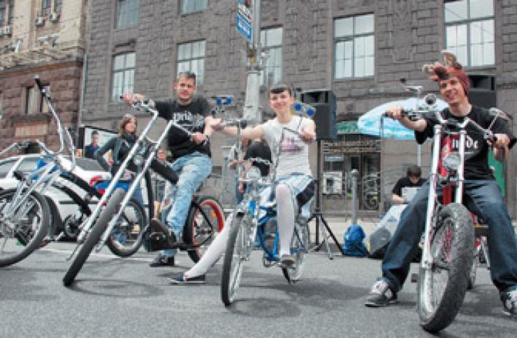 Вело-кастом круиз и вечеринка