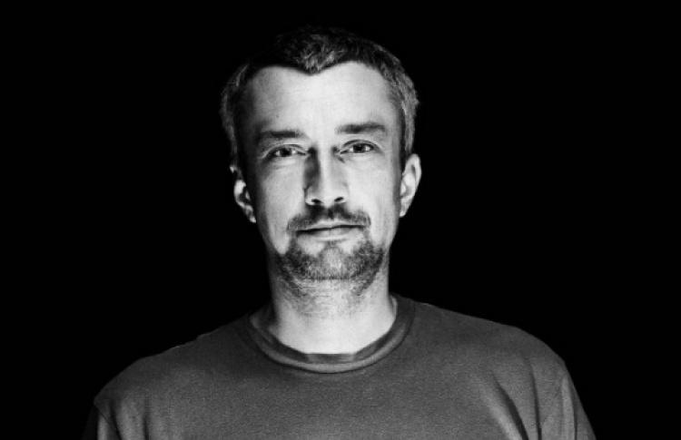 DJs Басти Шварц, T