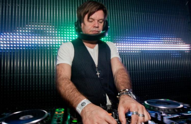 DJ Пол Окенфолд