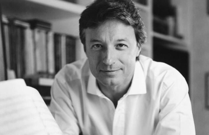 Филармонический оркестр княжества Монте-Карло, дирижер Роберто Аббадо (Италия), солист Джошуа Белл (США)