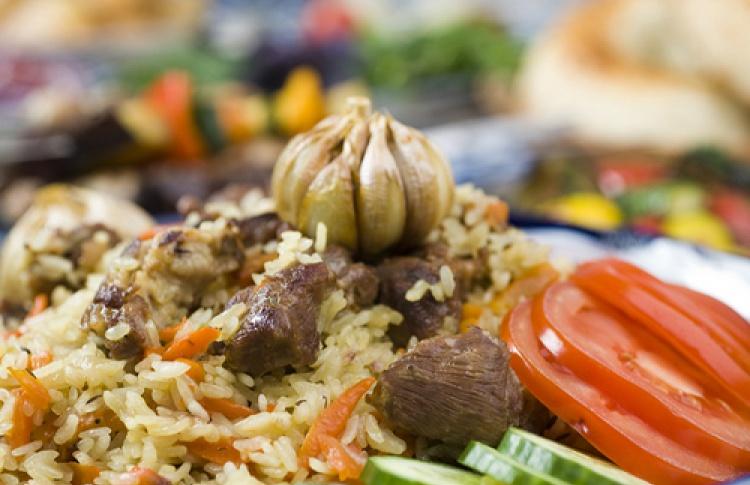 Вресторане узбекской кухни «Бричмула» появилась услуга доставки