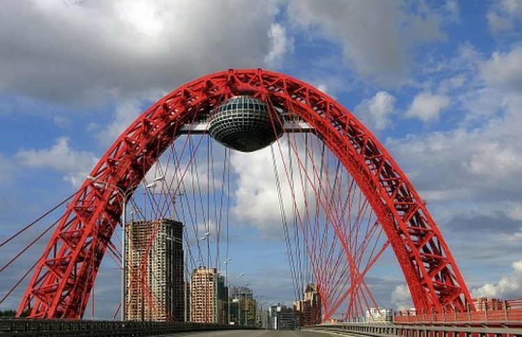 НаЖивописном мосту откроют «подвесной» ЗАГС