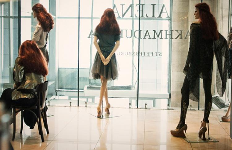 """Алена Ахмадуллина в ТЦ """"Европейский"""""""