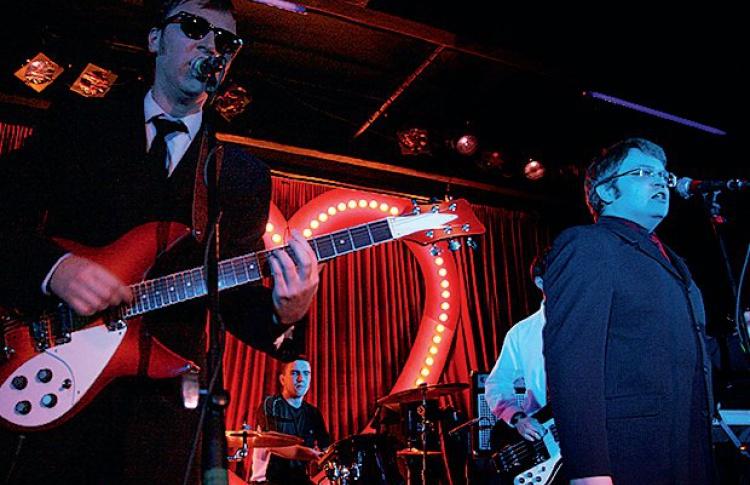 The Beatles, The Who иThe Animals соберутся водном месте водин вечер