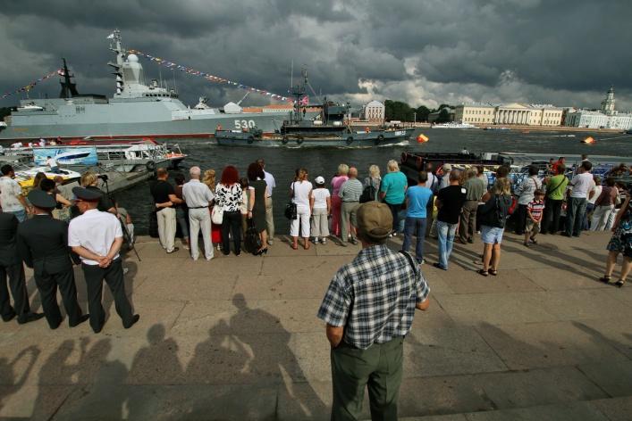 Фотоотчет: Как прошел День Военно-Морского флота вПетербурге