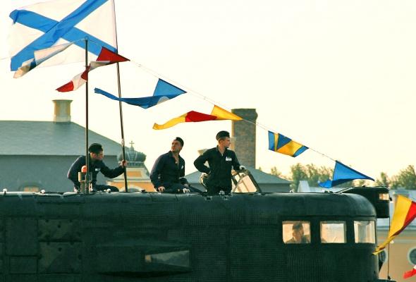 Фотоотчет: Как прошел День Военно-Морского флота вПетербурге - Фото №12