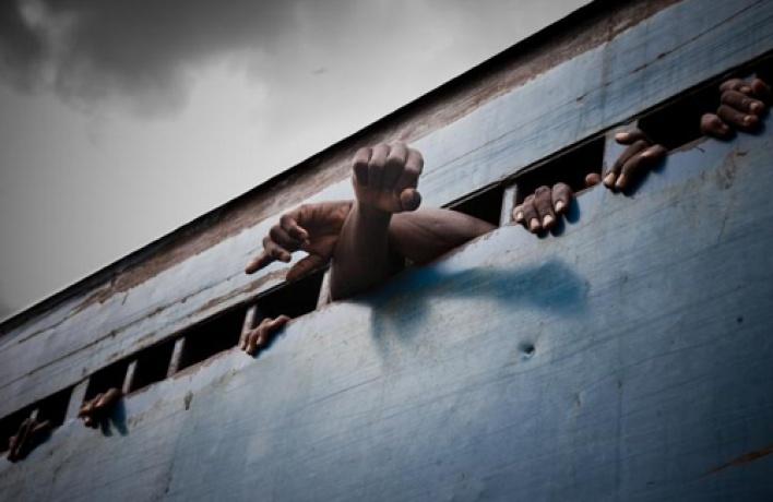 Досередины сентября вЛофт Проекте ЭТАЖИ открыта выставка лучших работ World Press Photo 2011