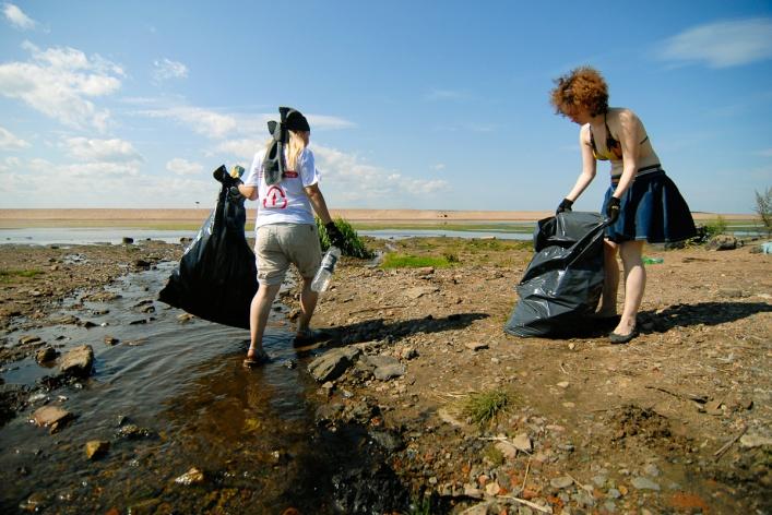 Фотоотчет: Как прошла акция «Блоггеры против мусора» вСанкт-Петербурге