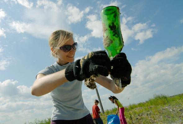 Фотоотчет: Как прошла акция «Блоггеры против мусора» вСанкт-Петербурге - Фото №7