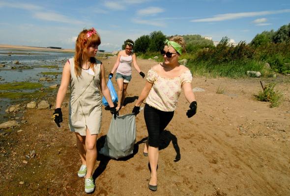 Фотоотчет: Как прошла акция «Блоггеры против мусора» вСанкт-Петербурге - Фото №8