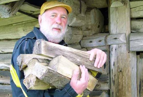 Андрей Харшак купил домик в деревне - Фото №1