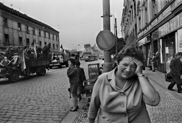 Йозеф Коуделка «Вторжение 68 Прага» - Фото №2