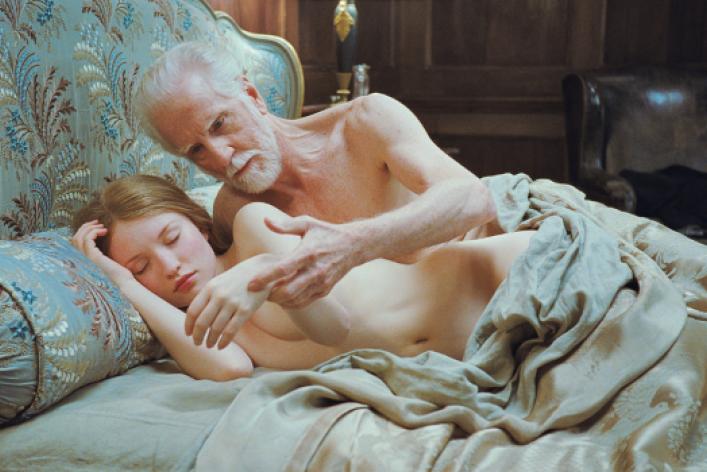 «Мыредко видим пожилых мужчин обнаженными»