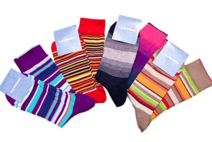 Где купить яркие носки?