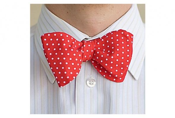 Time Out знает где найти галстук-бабочку - Фото №1