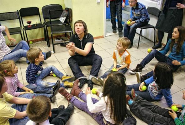 «Воскресные беспорядки» для детей вмагазине Порядок слов - Фото №1