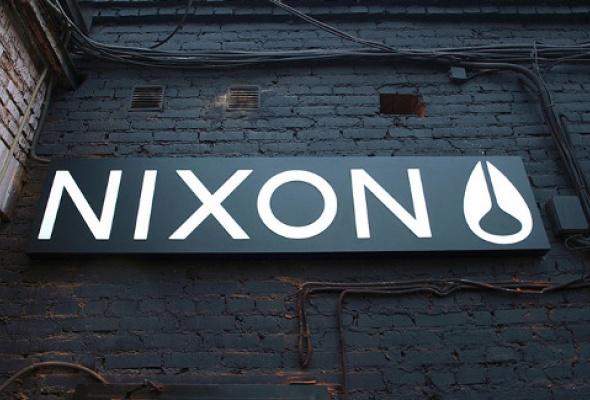 Nixon Store на«Флаконе» - Фото №4