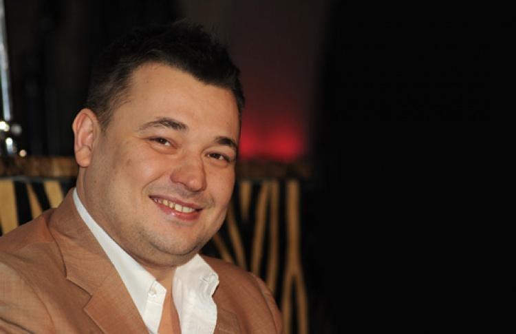 Сергей Жуков открывает бар «Руки вверх» для ностальгирующих по90-м