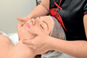 Скульптирующий массаж вспа Crown Thai