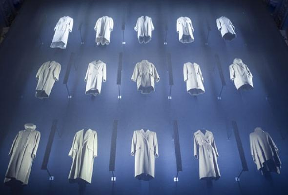 Навыставке «Coats! Max Mara» показывают все культовые пальто марки - Фото №3