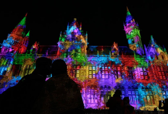 Грандиозный фестиваль света впервые вМоскве - Фото №12