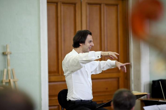 Симфонический оркестр Musica Aeterna, дирижер Теодор Курентзис