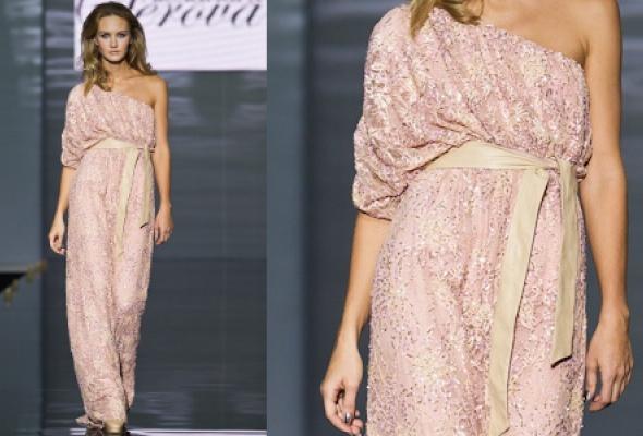 Самые эффектные платья Volvo Fashion Week - Фото №21