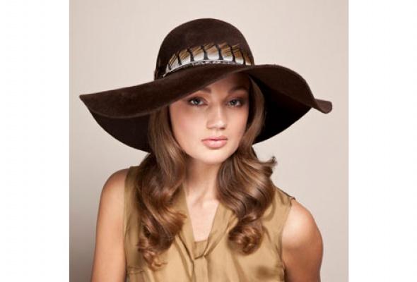 Осенняя коллекция шляп Eugenia Kim появилась вЦУМе - Фото №5