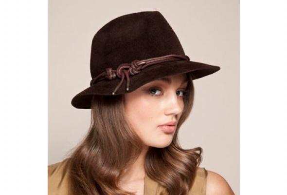 Осенняя коллекция шляп Eugenia Kim появилась вЦУМе - Фото №7