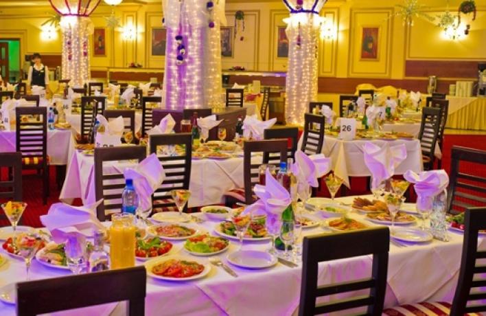 Новый год в«Атлас Парк Отель»