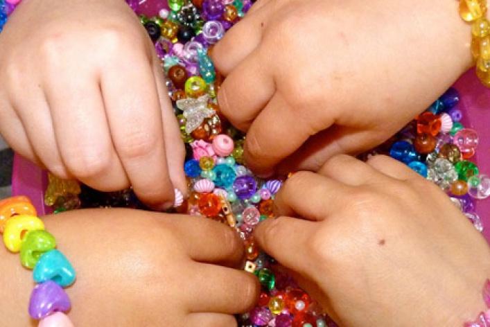 10новогодних подарков для девочки